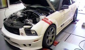 FORD MUSTANG V6 セッティング風景